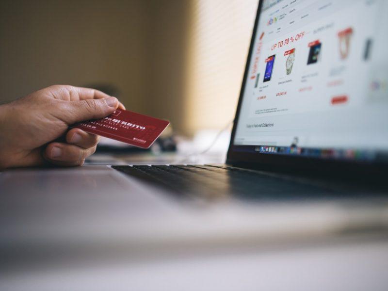 pièges à éviter achats en ligne sur sites étrangers